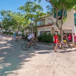 Entrada del Camping Playa y Fiesta Costa Dorada